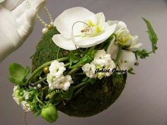 Bridal Bouquet Tablescape Centerpiece www.tablescapesbydesign.com https://www.facebook.com/pages/Tablescapes-By-Design/129811416695