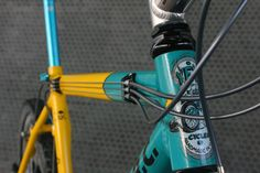 vintage Yeti A. mountain bike from the early All the turquoise Ringle, Cook Bro's, and XTR you could want. Yeti Arc, Teaser, Mountain Biking, Color Splash, Bicycle, Colour, Retro, Furniture, Color