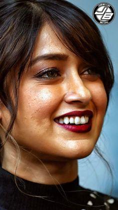 sexy hip South Indian Actress Hot, Indian Bollywood Actress, Indian Actress Hot Pics, Beautiful Bollywood Actress, Most Beautiful Indian Actress, Indian Actresses, Actress Without Makeup, Sexy Hips, Cute Girl Photo