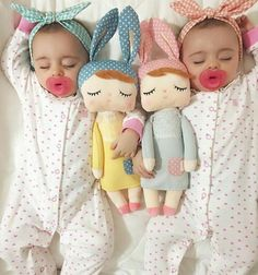 Sleeping Bunny Dolls 2019 Sleeping Bunny Dolls The post Sleeping Bunny Dolls 2019 appeared first on Cotton Diy. The Babys, Twin Babies, Cute Babies, Twins, Twin Baby Girls, Baby Pictures, Baby Photos, Little Ones, Little Girls