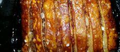Nog+zo+een+topper+van+een+recept,+naast+de+gestoomde+buikspek+(Dongpo)+is+dit+ook+een+favoriet+mede+omdat+je+het+warm+bij+je+rijst+kunt+eten+maar+ook+koud+op+bv+een+lotusbroodje+(chinees+stoombroodje)+het+is+erg+lekker+met+Hoisin+saus+en+super+makkelijk+te+maken,+Wel+moet+je+avond+vantevoren+al+beginnen+met+marineren!!!+Vooral+het+krokante+vel+is+zoooo+lekker