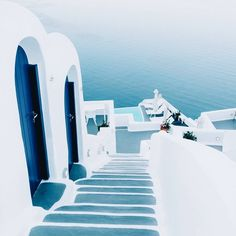 Santorini dreaming // via Ohh Couture