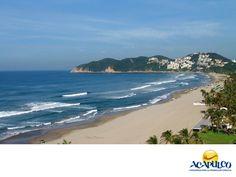 #informacionsobreacapulco El mar de Acapulco. NOTICIAS DE ACAPULCO. Acapulco cuenta por lo menos con dos tipos de mar: el de la bahía de Santa Lucia y de Puerto Marqués que suelen tener un oleaje calmado, precisamente por estar dentro de la bahía; y el mar abierto como el de Playa Revolcadero, donde el oleaje entra con toda su fuerza ya que no hay nada que lo detenga.Te invitamos a conocer más de Acapulco, durante tu próxima visita a este hermoso puerto. www.fidetur.guerrero.gob.mx