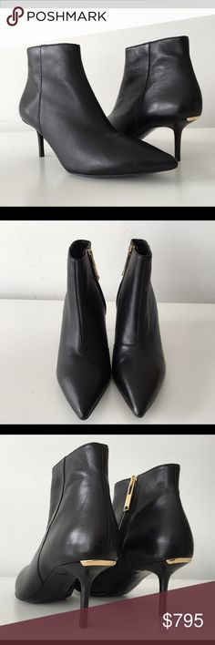 2b2f48ea4ac BURBERRY MANOR BLACK LEATHER KITTEN HEEL BOOTS BURBERRY MANOR BLACK LEATHER KITTEN  HEEL BOOTS