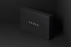Art director and designer Yuta Takahashi has created this beautiful black branding project for Guell, a roadwear brand based in Japan. The brand Urban Taste, Fashion Packaging, Creating A Brand, Packaging Design Inspiration, Brand Identity, Unity, Branding Design, Minimal, Graphic Design