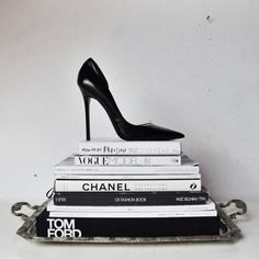 fashion, book, and chanel image Black And White Picture Wall, Black N White, Black And White Pictures, Boujee Aesthetic, Aesthetic Collage, Aesthetic Pictures, Artist Aesthetic, Poster Tumblr, Chanel Decoration