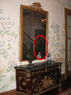 Myrtles Plantation. Spooky goings-on have been captured on camera by amateur ghost hunters. www.dailymail.co.uk