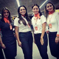 Comissários de Voo na GOL  #cabincrew #gol #comissárias #fly #Padgram