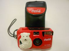 (coke code 204) 빈티지한 완소 아이템 코-크 카메라입니다 :) 정말 탐나는 아이템이죠? 셔터 버튼이 코-크 뚜껑이란 사실! ^0^