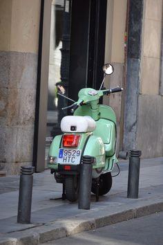 #vespas verde clarito
