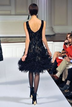 Oscar De La Renta - Runway - Fall 2011 Mercedes-Benz Fashion Week