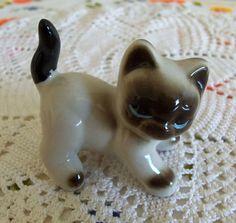 Siamese Kitty Cat Feline Porcelain Figurine by CleosTreasures, $10.00