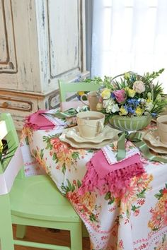 Vintage shabby chic table setting~