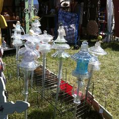 Elegant #glass #garden #totems - I just have to make one of these, or two, or three!