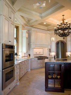 Traditional Kitchen Tile Floor Design, Pictures, Remodel, Decor and Ideas - page 13