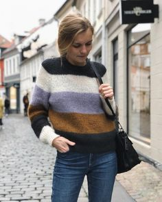 Knit Fashion, Fashion Outfits, Womens Fashion, Cosy Outfit, Lace Cardigan, Winter Tops, Mohair Sweater, Knitting Designs, Sweater Outfits