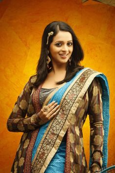 South Indian Actress Bhavana Hot Photos and Wallpapers | Hot Images