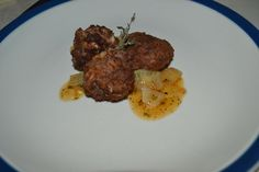 Boulettes a l' Haitienne (Haitian Meatballs) – Mangeons LAKAY Quick Beef Recipes, Rice Recipes, Haitian Rice Recipe, Island Food, Cooking Together, Food And Drink, Disappointed, Dishes, Meat