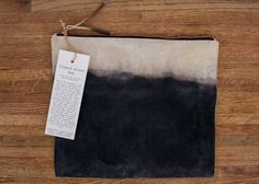 DIY Natural Acorn Dye — Thicket black color dye for clothes - Black Things Shibori, Best Blackberry, Textile Dyeing, Dyeing Fabric, Natural Dye Fabric, Natural Dyeing, Rock Plants, Weather Words, Wilderness Survival