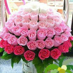 Rose floral arrangement.