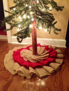 Burlap tree skirt