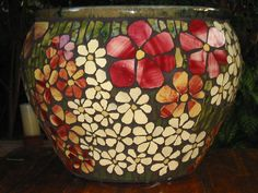 Mosaic Patterns for Beginners Pots Mosaic Planters, Mosaic Flower Pots, Large Flower Pots, Mosaic Vase, Mosaic Tiles, Pebble Mosaic, Mosaic Crafts, Mosaic Projects, Free Mosaic Patterns