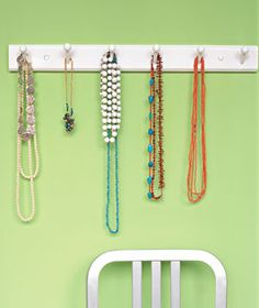 What a clever idea from @Real Simple. Elizabeth will love having all her necklaces in one place and I will love less clutter in the bathroom.
