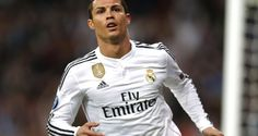Cristiano Ronaldo scored twice to help Real Madrid cruised past Shaktar to claim another victory of the Champions League at Arena Lviv. Cristiano Ronaldo Messi, Neymar, Cristiano Ronaldo Wallpapers, Lionel Messi, Messi Vs, Cr7 Wallpapers, Sports Wallpapers, Iphone Wallpapers, Ronaldo Football