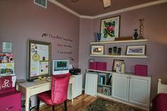 Another interesting idea about the vision board in a frame leaning on the desk (instead of hung up).  Don't like the colors.