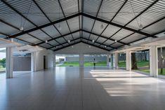Garage Design, Roof Design, Exterior Design, Factory Architecture, Roof Architecture, Warehouse Design, Cafe Interior Design, Steel Buildings, Industrial House