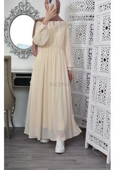 Modest Fashion Hijab, Modesty Fashion, Abaya Fashion, Fashion Dresses, Muslim Women Fashion, Islamic Fashion, Hijab Fashion Inspiration, Mode Inspiration, Muslim Dress