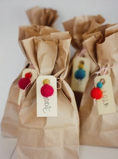 "Bright balls and brown paper bag wrapping. Love it from Audrey of ""This Little Street"" : Bright balls and brown paper bag wrapping. Love it from Audrey of ""This Little Street"" Simple Packaging, Pretty Packaging, Gift Packaging, Paper Packaging, Packaging Design, Creative Gift Wrapping, Creative Gifts, Wrapping Ideas, Paper Bag Wrapping"
