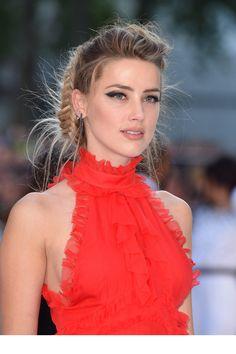 Le make-up d'Amber Heard ...et mention spéciale pour le top orange ...j'adore !