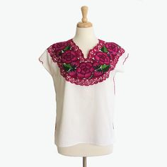 Vintage Mexican Blouse  Embroidered  Oaxacan  Floral by foxandrook