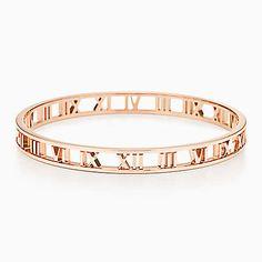 Atlas® narrow open bangle in 18k rose gold, medium.