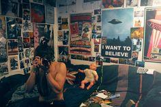 grunge bedroom Grunge bedroom, Punk r - Punk Bedroom, Grunge Bedroom, Girls Bedroom, Girl Room, Retro Room, Vintage Room, Bedroom Vintage, Vintage Teenage Bedroom, Room Ideas Bedroom
