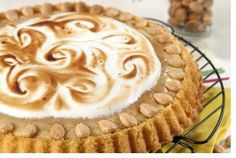 Tarte de maçã merengada - http://www.receitasparatodososgostos.net/2016/06/29/tarte-de-maca-merengada/