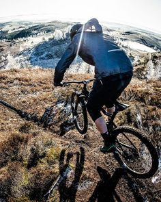 "f782c59d9 Scotty Laughland on Instagram  ""Droppin  into the good stuff! 🥶  scotland   winter  scotland  mtb"""
