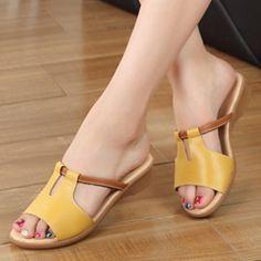Women Summer Shoes Sandals Flip Flops Racing Shoes Branded Slippers At – pistachiotal Shoes Flats Sandals, Girls Sandals, Cute Sandals, Leather Sandals, Flat Sandals, Summer Sandals, Flat Shoes, Strappy Sandals, Mel Shoes