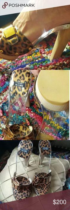 Stuart Weitzman Acrylic heels Cheetah  Clear acrylic  Wood  Gold tone hardware No box.  Make an offer! 💗 Stuart Weitzman Shoes Heels