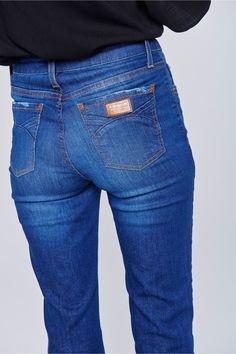 6a783391c 22 melhores imagens de calça jeans reta   Fashion clothes, Flare leg ...