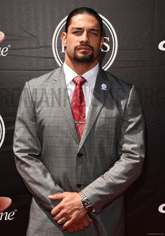"""Joe Anoa'i aka Roman Reigns at the ESPYS """"Every girl crazy 'bout a sharp dressed man"""""""