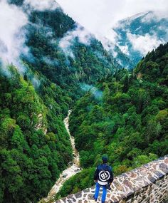 Get out of the big city and get yourself completely rejuvenated amidst the natural beauty of Rize, Çamlıhemşin.