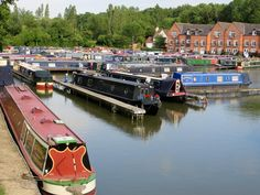 Braunston Marina on the Grand Union Canal © AboutBritain.com