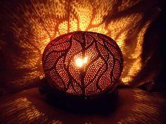 Lampe d'ambiance en noix de coco sculptée  Carved white (young) coconut lamp : €70. Visit our online shop with the link below (Lampe en noix de coco blanche,visitez notre boutique en cliquant le lien suivant: