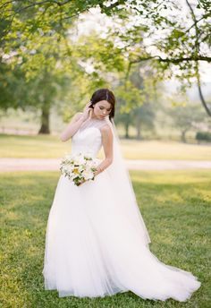 Tulle, high-necked, regal and classic // Elisa Bricker