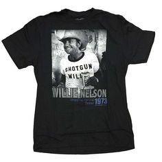 Willie Nelson T Shirt | Willie Nelson Texas 1973 T-Shirt  ❤YES!! My bday gift❤