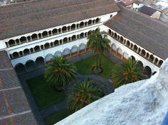 Vista superior desde una cúpula a la Iglesia de San Agustín #Quito - #Ecuador (Ago 2011)
