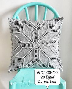 Image gallery – Page 431853051765862451 – Artofit Crochet Pillow Cases, Crochet Pillow Patterns Free, Crochet Cushion Cover, Crochet Bedspread, Diy Pillow Covers, Diy Pillows, Crochet Home, Diy Crochet, Swedish Weaving Patterns