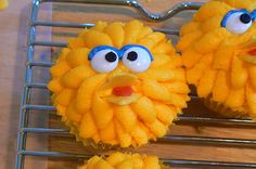 Big bird cupcakes 3 | Flickr - Photo Sharing!